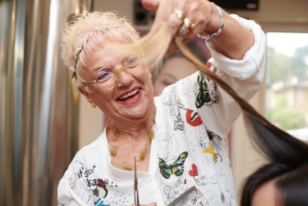 2 carla amaducci parrucchiera estetica 1   Linea Carla Amaducci